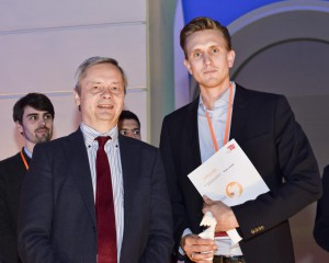IPlytics CEO Tim Pohlmann and Präsident Prof. Dr. Christian Thomsen